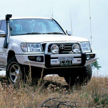 Передний бампер ARB Sahara для Toyota LC100/105 1997-2002г. (3913150)