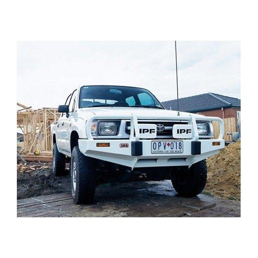 Передний бампер ARB Deluxe на Toyota Hilux/Tiger/Vigo 1997-2002г. (3214140)