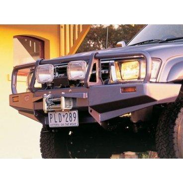 Передний бампер ARB Deluxe на Toyota Hilux/Tiger/Vigo 1997-2002г. под лебедку с противотуманками (3414150)