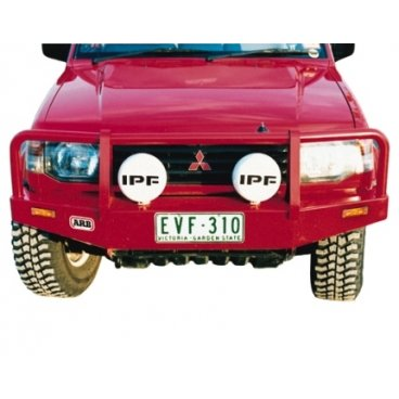 Передний бампер ARB Deluxe на Mitsubishi Pajero III/Montero1997-2000г. под лебедку (3434020)