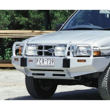 Передний бампер ARB Deluxe на Ford Courier 1999-2007г под лебедку с противотуманками (3440060)