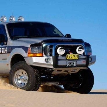 Передний бампер ARB Sahara на Ford F250 2000-2007г (3936020)