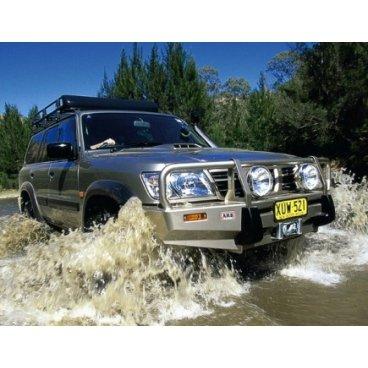 Передний бампер ARB Deluxe на Nissan Partol GU Y61 2004-2014г. авто с расширителями крыльев (3217100)